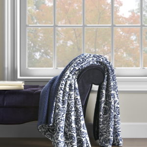 Damask Throw with Sherpa Back